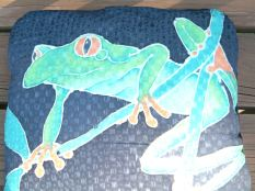 treefrogpillow1